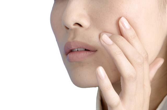敏感肌への化粧品~敏感肌のメカニズムからスキンケアまで~