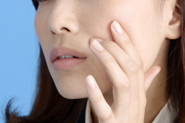 ニキビによる肌荒れの悩みとオリーブオイル